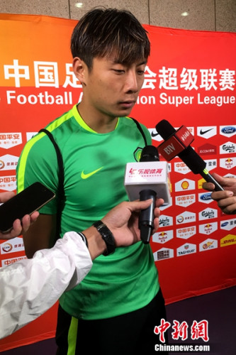 国安球员李磊赛后谈永昌防守时表示,大多数球队在工体都会主动踢防守足球。记者王牧青摄。