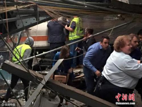 本地时刻9月29日,美国新泽西州霍博肯,一列火车撞上站台。图像来历:CFP视觉国家