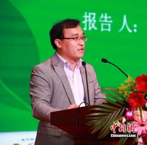 农业部乡村经济研讨中心博士张振