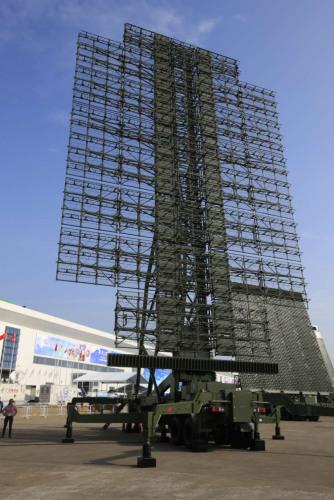图为新一代防空雷达JY-27A。中国电科供图。