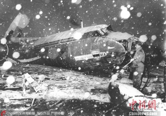 慕尼黑空难残骸 图像来历:Osports部分育图像社