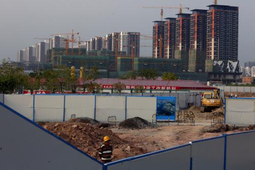 2016年广州土地成交总量同比下降四成