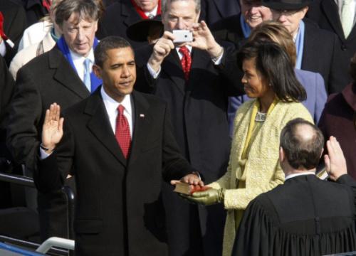 2009年1月20日,奥巴马宣誓就任美国总统。(图片来源:路透社)