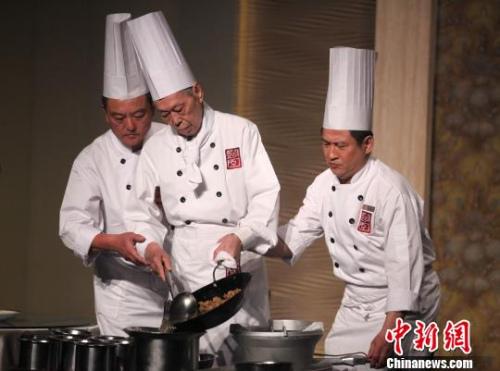 """BBC盘点伪中国菜:湖南人没见过""""左宗棠鸡"""""""