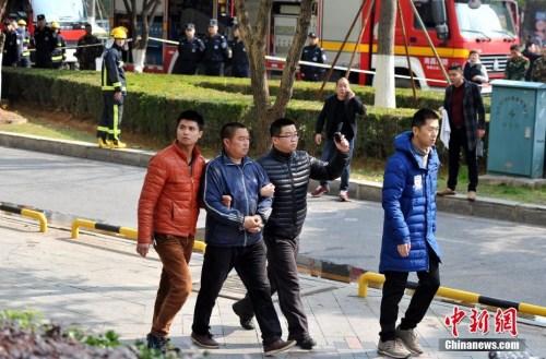 """南昌""""2·25""""重大火灾事故续:对七名涉案人员批准逮捕"""