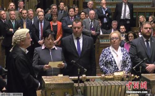英国下院投票表决脱欧法案。
