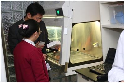 交流团一行参观上海市儿童医院母乳库