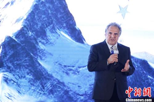 美国派拉蒙影片公司主席及首席执行官Jim Gianopulos先生