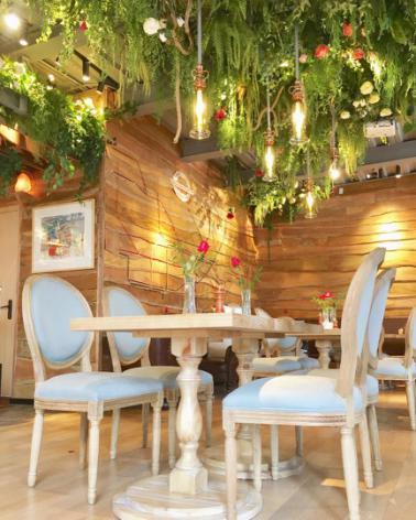 谷小满Melody为朋友的英式简餐厅做的室内设计
