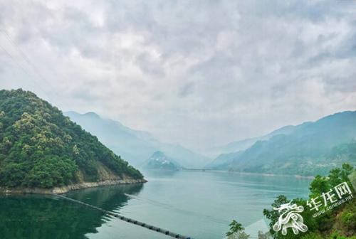 彭水风景如画。记者 刘嵩 摄