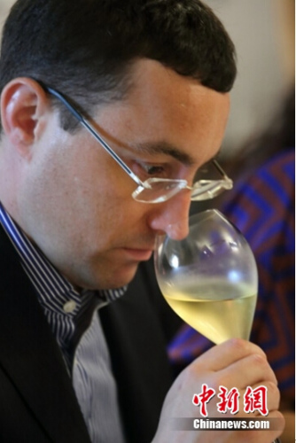 世界葡萄酒大师詹姆斯•戴维斯