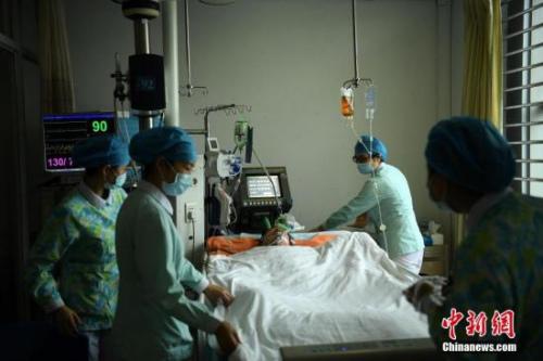 探访第三军医大学新桥医院护理部。陈超 摄
