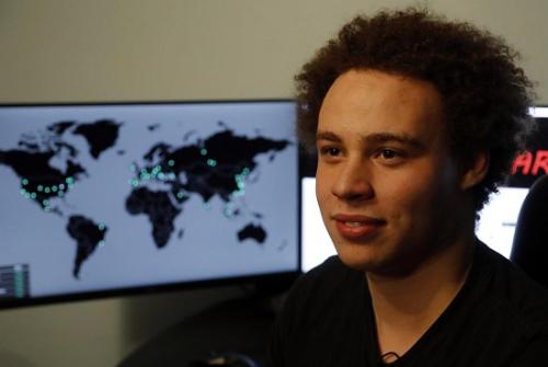 英国电脑奇才阻止勒索病毒蔓延 谦称自己不是英雄