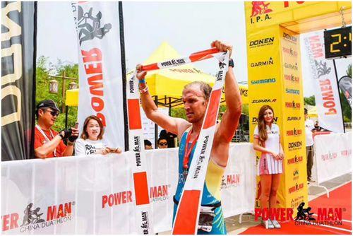 来自澳大利亚的Dave Brown获得精英组冠军。主办方供图