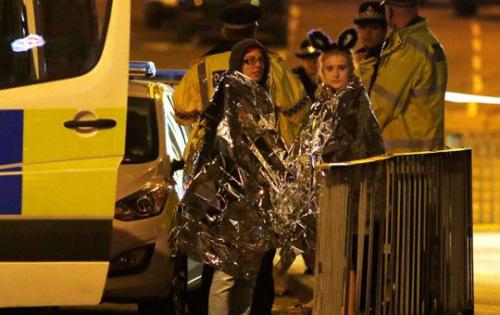 英国曼彻斯特市体育场当地时间22日晚发生爆炸,导致19人死亡。
