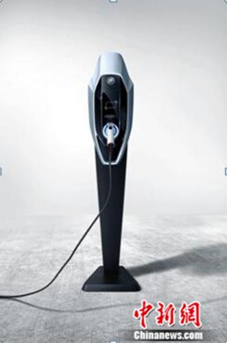 """""""别克蓝""""新能源汽车充电桩"""