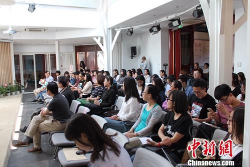 本次讲座现场汇集了众多读者。主办方供图