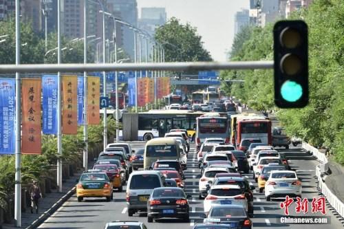 今年端午前夕,5月23日,北京市城区路网拥堵严重。
