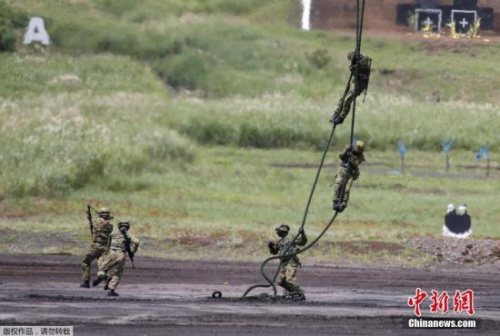 资料图:日本自卫队士兵
