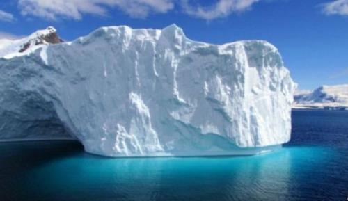 在最近几十年当中,南极十多个主要的冰架已经陆续消失,南极显著退缩。(图片来源:法新社)