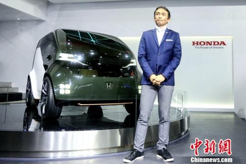 """搭载AI技术""""情感引擎""""并具备自动驾驶功能的电动概念车""""Honda NeuV"""""""