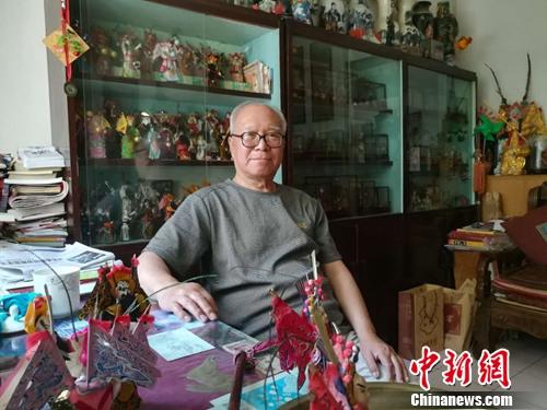 北京鬃人第三代传承人白大成。上官云 摄