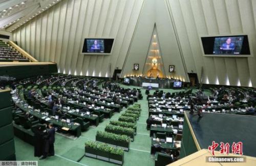 伊朗议会现场资料图。