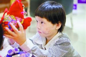 小洁获得医院爱心救治。