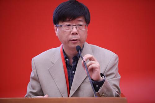 澎湃新闻常务副总编辑李嵘发言