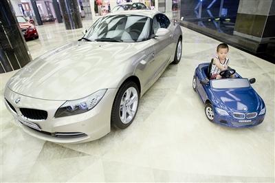 """""""这款宝马儿童电动车"""