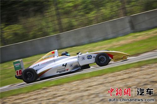 7月5日纳尔卡打造北京赛车节