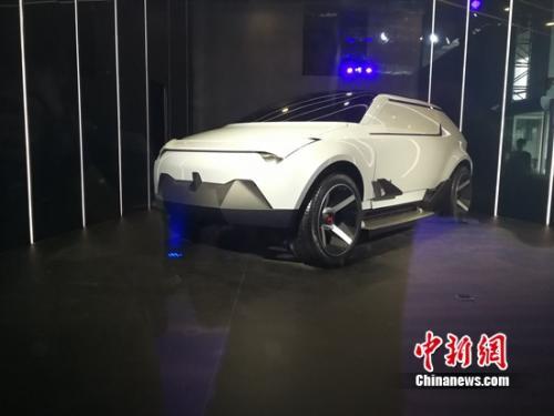 """威马汽车概念车""""AG2020""""首次亮相"""