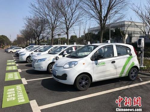 """私家车也可承运""""共享汽车""""?对新规租车企业这样回应"""