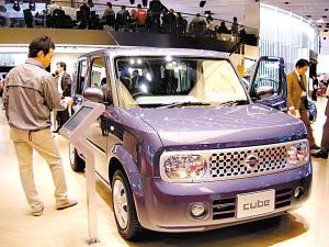 日产展出的小型车cube,此车一度传闻将在中国生产.高清图片