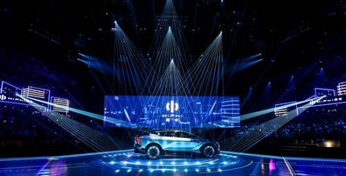 華人運通打造智能汽車新品類助推智能化交通發展
