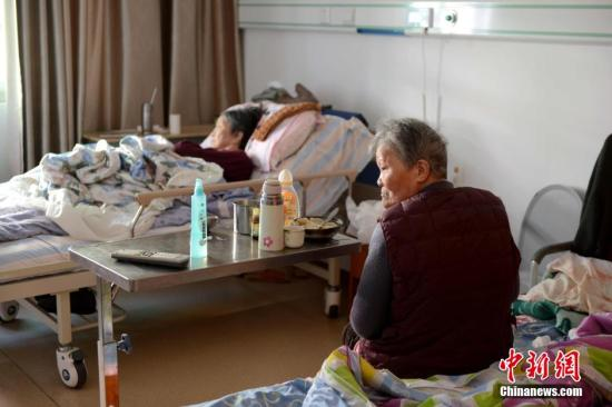 三部门:大部分城市社区应建符合标准的养老设施