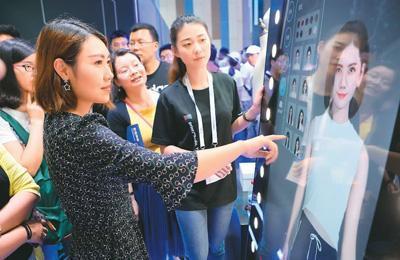 中国服装销量一年减少178.5亿件消费者不爱买衣服了?