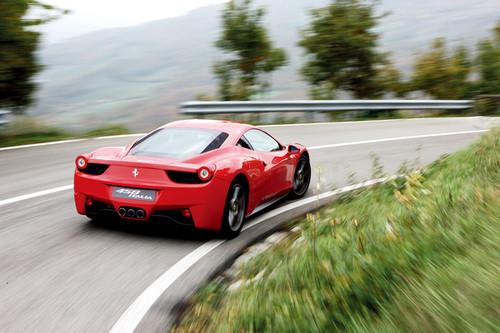法拉利能充分诠释跑车精神-国家宝藏 试法拉利最新超跑458 Italia 6高清图片