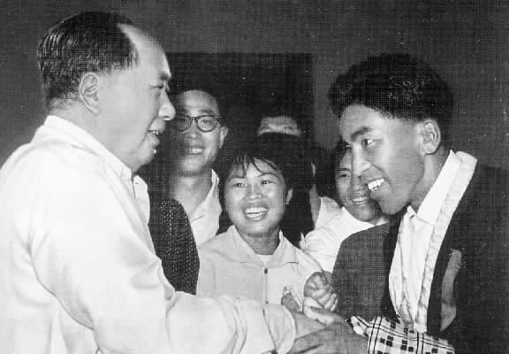 西藏登山队历史记忆:毛主席接见了我