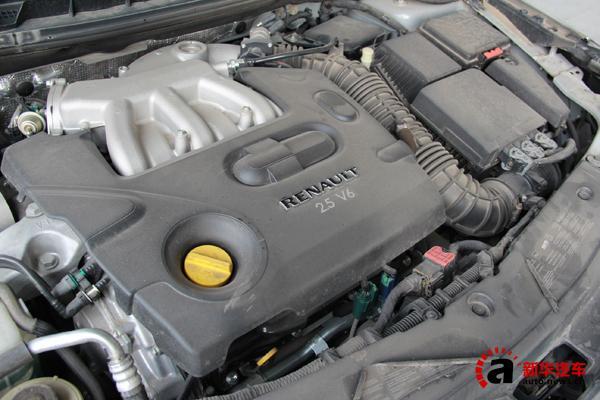 5l v6发动机来自日产,最大功率130kw,最大扭矩233n·m,与其搭配的是6