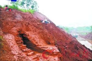 广州挖掘110座多朝代古墓 发现罕见唐代人骨架