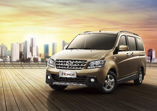 月销破两万 长安欧诺成新商务车市场新标杆图片