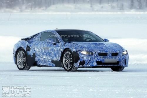 发电机来给电池充电,据消息称,宝马i3混动版车型搭载的将会是一台0.