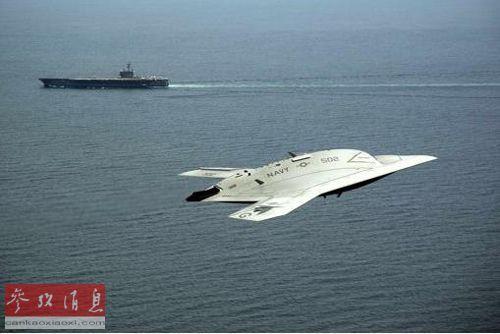 美国海军首次推出x-47b是在5年前,这是它的首架无人驾驶作战飞机.