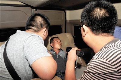 陕西被拐婴儿买主花7万买婴 警方解救遭遇拦截