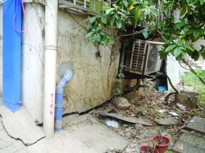 工地施工造成地基沉降 对面小区房屋多处开裂(图)