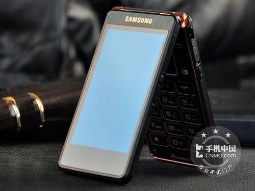 三星 w2013是三星手机继三星w999和w899两款的基础