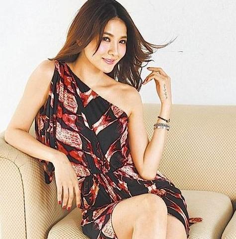 妈妈的淫b_新闻中心 娱乐新闻    据台湾媒体报道,吴亚馨走过李宗瑞淫照风波后力