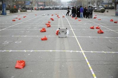 陕西蒲城大巴爆炸_公安部爆破专家抵陕西蒲城调查大巴爆炸-中新网