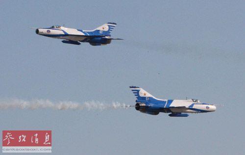 中国大陆的军用作战飞机总数大致相当于日本和台湾